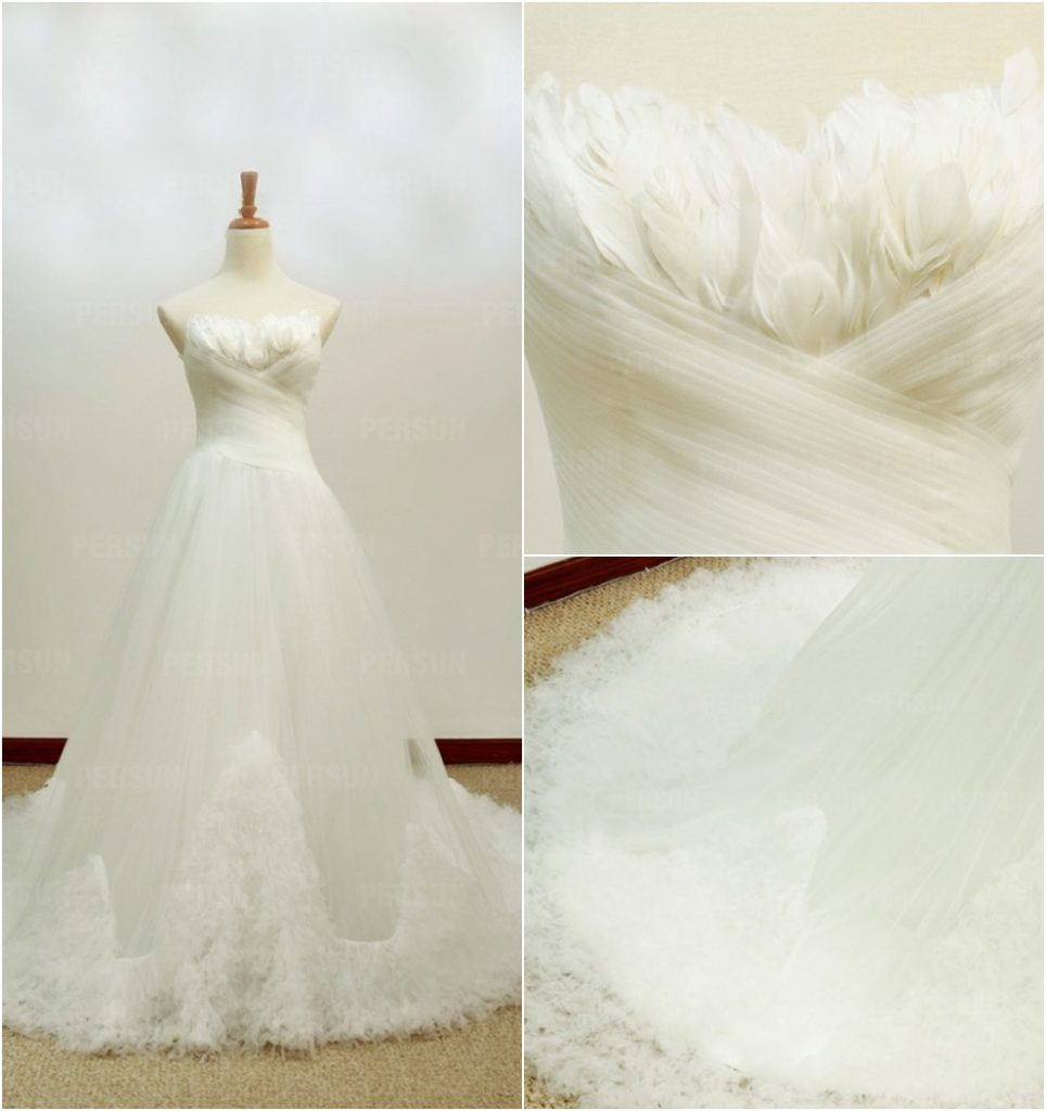 robe de mariée bustier embelli de plumes